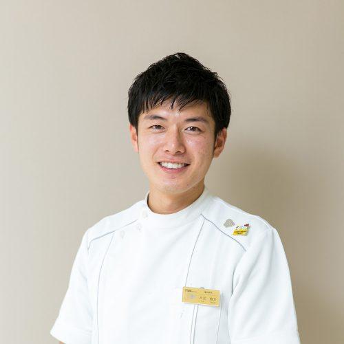 入江 裕介
